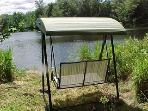 Lakefront Swing -Relax & Enjoy...