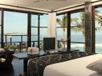 ABSOLUTE CLIFF BEACH FRONT 5* LUXURY CHEF DRIVER