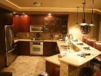 Luxurious Lands End 3 Bedroom near Shopping