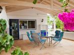 covered kitchen veranda