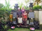 Villa Satori-Luxury 3 BR Villa-10m Stroll to Ubud