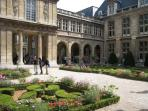 The beautiful Carnavalet Mansion and Museum is a 2 minute walk from the apartment