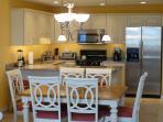 Dining Room & Modern Kitchen