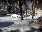 Off street parking....most neighbors are full time Aspenites.....locals who know what's happening !