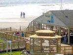 Oceanfront cabana bar