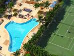 Swimming pool & Tennis courts