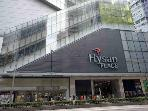 5 mins walk from Hysan Place
