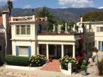 'Chapala Gardens' - Ideal West Beach Location