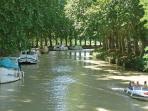 Canal du Midi boats