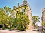 Historic Mansion DuPont/Logan Middle of the City!
