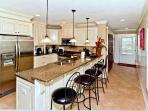 Luxury Kitchen and Breakfast Bar
