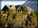 Majestic 5 bedroom Lodge - Family Reunion Heaven!