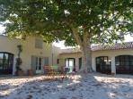 Amazing 7 Bedroom Aix en Provence Country House with a Pool