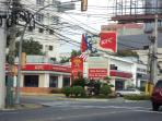 KFC FAST FOOD RESTAURANT-FOUR MINUTES WALKING DISTANCE-