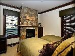 4th Bedroom with Twin Beds