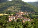 nearby town of Calvignac