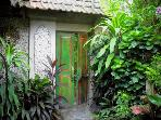Bungalow Melati´s garden gate.