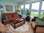 Erie Lakefront Condo w/ Views/Beach/Pool/Hot Tub