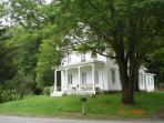The House in Pumpkin Hollow B&B