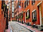 Historic Beacon Hill - quaint with Old Fashioned Gas Lamps that still work!