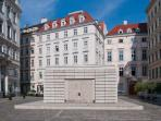 Down the window: the beautiful Judenplatz and memorial