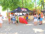 Waikiki beach surfboard/bodyboard/stand-up paddle board rentals