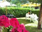 tavolo in giardino