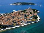 This is Porec, a town on the UNESCO list. It is located on the west coast, 20 km from Vila Oliva.