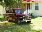 GUEST PARKED IN FRONT O'FANNIN RANCH HOUSE OF A SUMMERS DAY