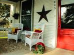 Smithville Cottage: quaint with modern amenities