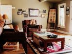Texas Room: HD TV, DVR, cable, games
