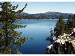 Stunning Lake great for fishing, boating and swimming... just minutes away from cabin