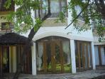 Front view of Villa Moja
