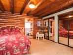 Master Bedroom, Queen-Sized Bed