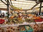 The Rialto Market - A Feast of Fruit and Vegetables