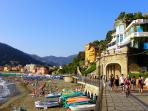 walk from the villa on the seaside promenade to the village center of Levanto