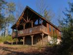 Private 2 Bedroom Mountain View Cabin with Hot Tub, Jacuzzi and Pool Table