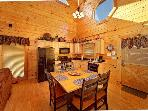 2 Bedroom Smoky Mountain Cabin - Bear Hug
