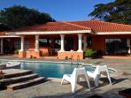 Pool ( sunbathing area)