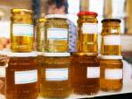 raw honey at the market