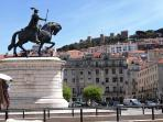 Surroundings: Figueira Square at 8 minutes walking, 900 meters away