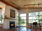The Perch: Fireplace and Dining Area