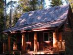 Halfmoon Cottage ~ Private Hot Tub