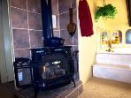 Master Suite Gas fireplace - Jacuzzi