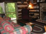 Highlands LR with fireplace & sofa bed. great cross breezes