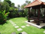 Chill Villa garden