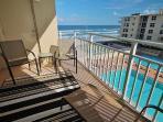 Unbeatable Pool/Beach View