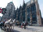 Stephansplatz, cathedral and U-Bahn, 3 minutes walk