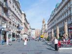 The Graben shopping street: 3 minutes walk