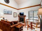 Mountainside Living Room Frisco Lodging